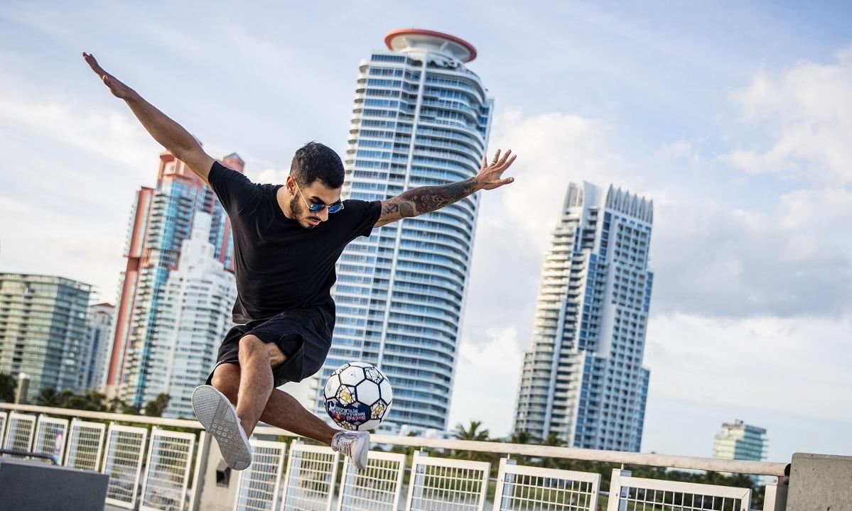 Red Bull Street Style 2020: Το Παγκόσμιο Πρωτάθλημα freestyle football μόλις ξεκίνησε online. Πάρε μέρος τώρα!