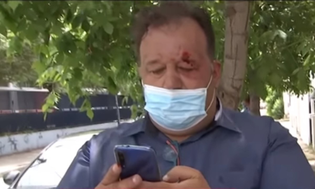 Η στιγμή της επίθεσης στον δημοσιογράφο του ΣΚΑΪ  (vid) - Sportime.GR