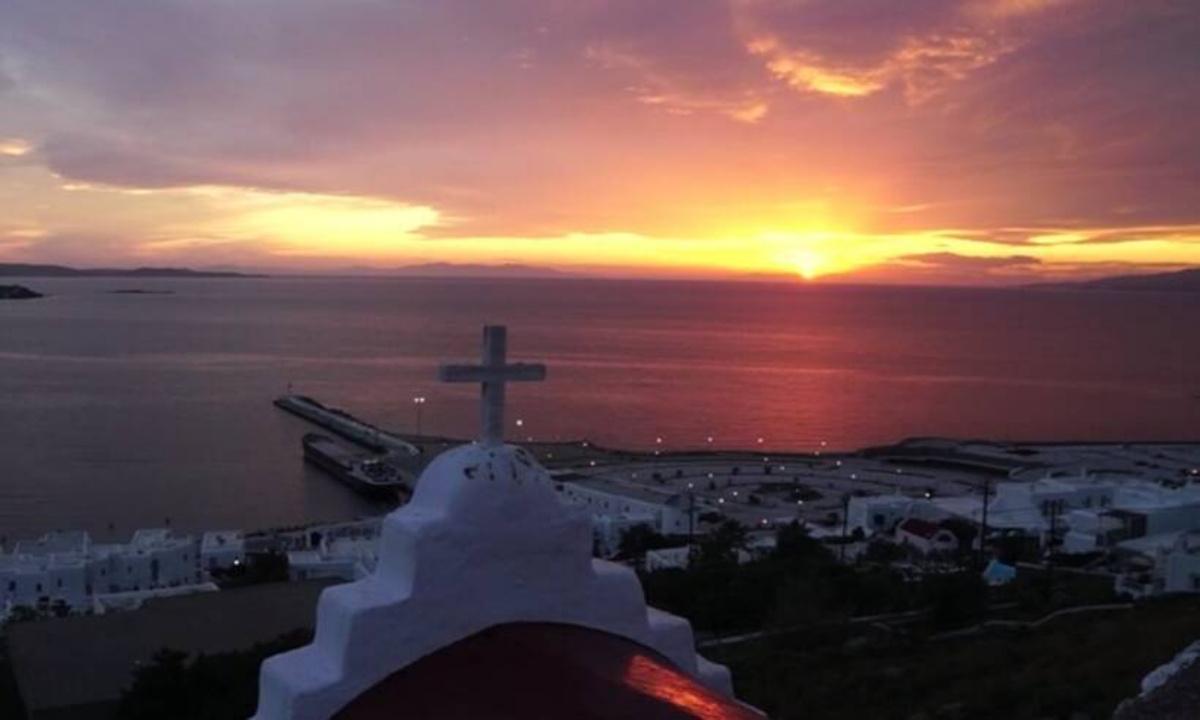 Viral σε όλο τον πλανήτη: Το ηλιοβασίλεμα της Μυκόνου (video) - Sportime.GR
