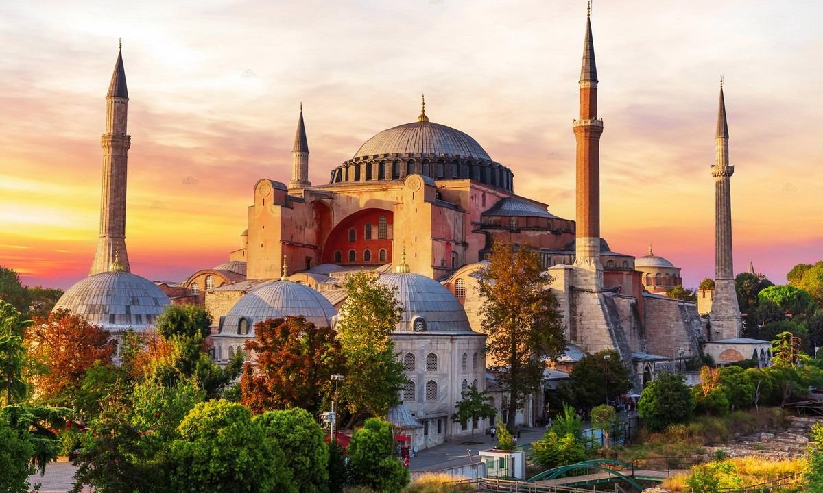 Αγία Σοφία: Η απόφαση για το αν θα γίνει τζαμί – Τελική ημερομηνία ...