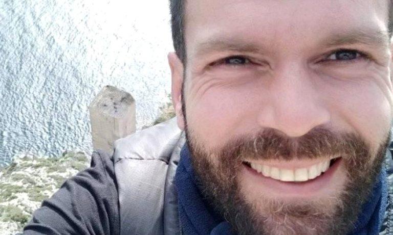 Έφυγε από τη ζωή ο tattoo artist και τρελός ΠΑΟΚτσής Δημήτρης Ντέλος