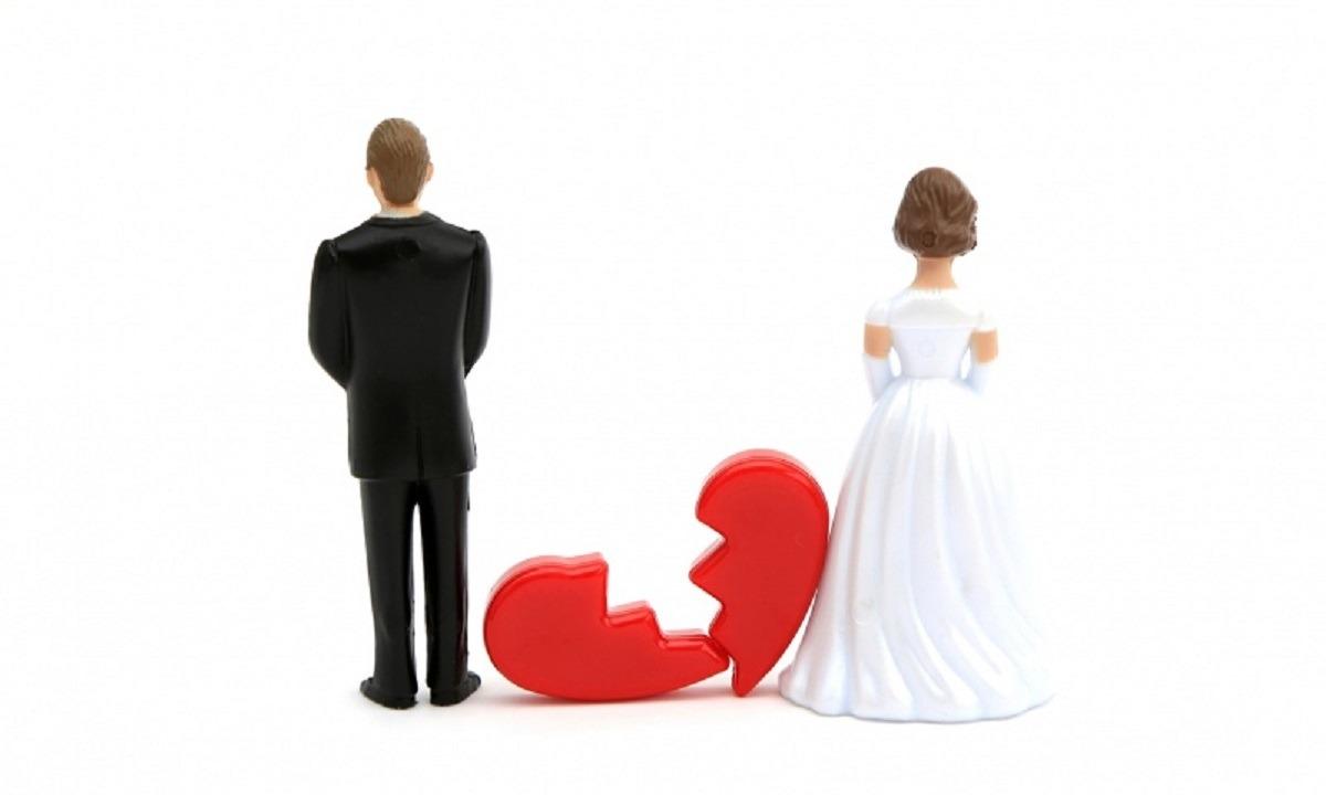 Διαζύγιο «βόμβα» για πασίγνωστο ζευγάρι ηθοποιών του Χόλιγουντ (vid)