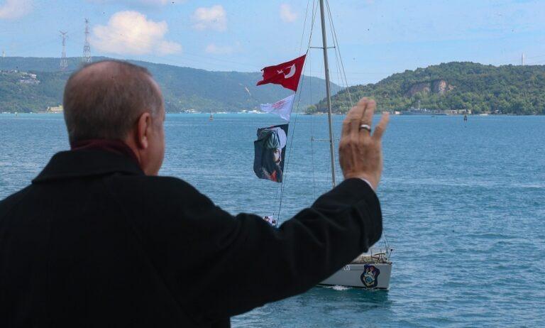 Προκλητική φιέστα Ερντογάν για την Άλωση της Κωνσταντινούπολης (vids)