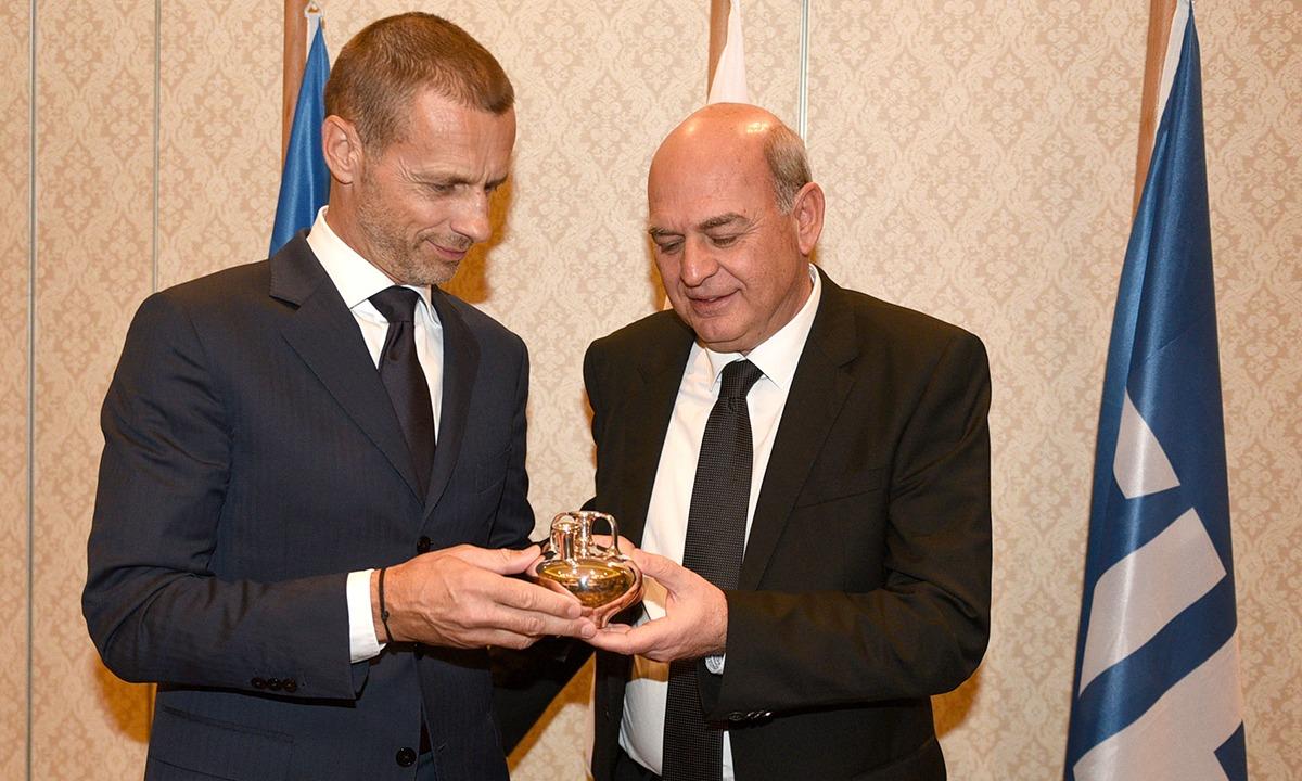 FIFA – UEFA:  «Καμπανάκι» σε Γραμμένο, ΕΠΟ - Sportime.GR