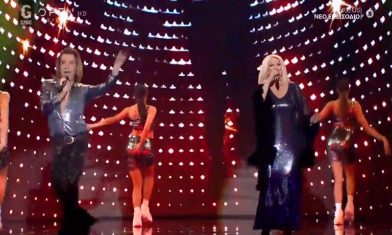 Showtime! Χάρα Βέρρα και Τρύφων Σαμαράς τραγουδούν «A far l'amore comincia tu» (vid)