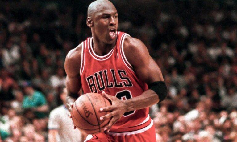 Μάικλ Τζόρνταν: Ο άνθρωπος που τον κράτησε στη Nike