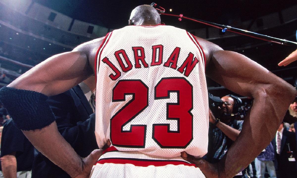 The Last Dance: Ο απίθανος λόγος που ο Τζόρνταν υπέγραψε στη Nike - Sportime.GR