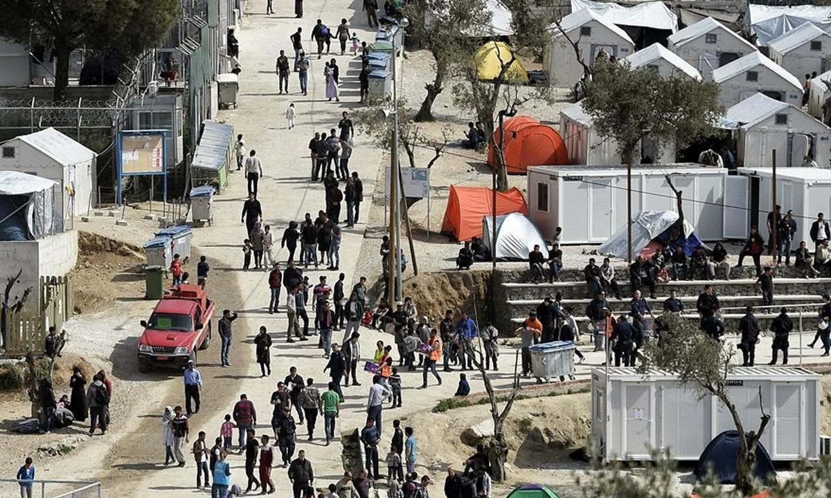 Μόρια: Πανικός με μαχαιρώματα Αφγανών!