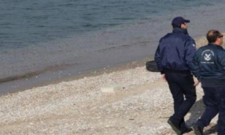 Θρίλερ στην Παλαιά Φώκαια : Ξεβράστηκε σορός άνδρα στην παραλία
