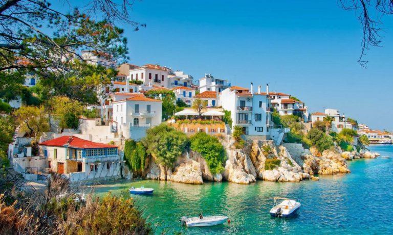 Κορονοϊός: Και η ισπανική «ABC» προτείνει Ελλάδα για το καλοκαίρι