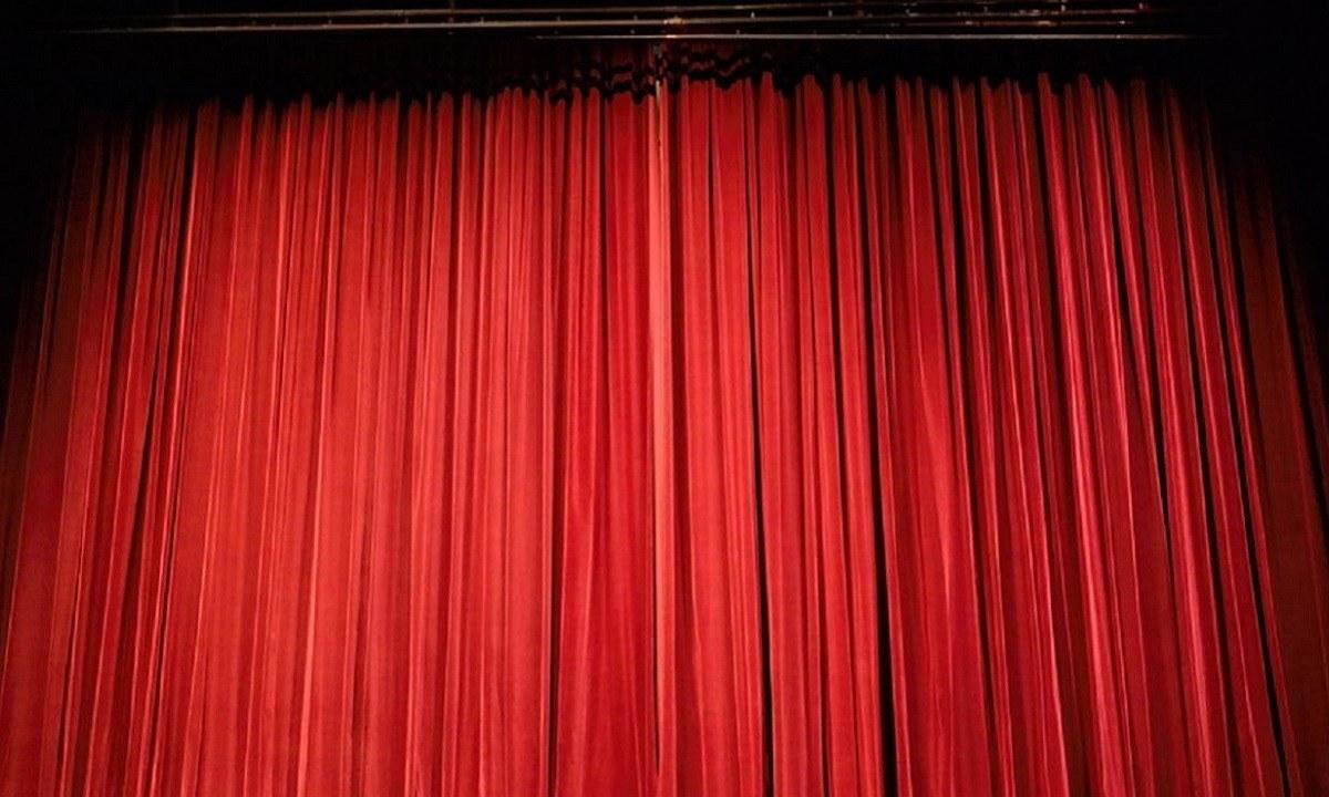 Θλίψη στο χώρο του θεάτρου – «Έφυγε» γνωστός ηθοποιός