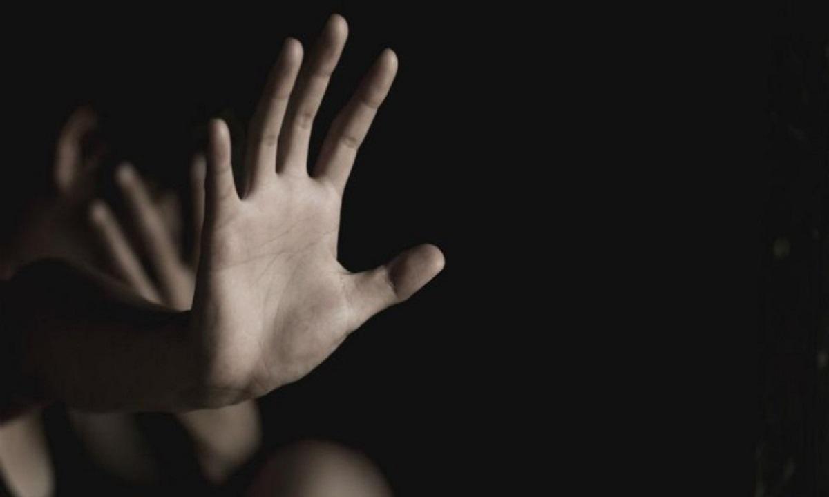 Φρίκη: Άρπαξαν και βίασαν 13χρονη συγγενή τους!