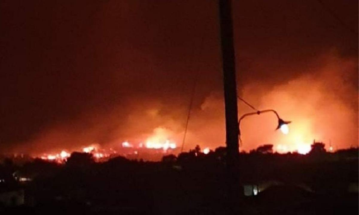 Ζάκυνθος: Ανεξέλεγκτη πυρκαγιά-Εντολή εκκένωσης!