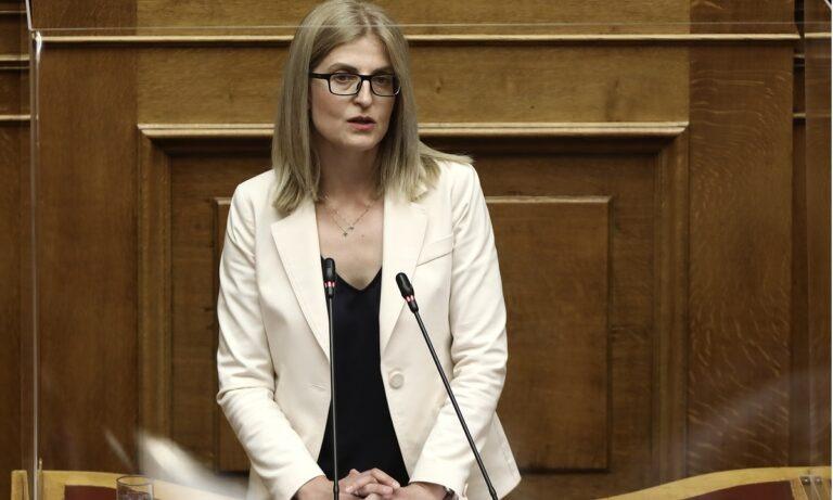 Αυγέρη: «Ο Αλέξης Τσίπρας είναι σίγουρος ότι θα κυβερνήσει εντός τριετίας» (vid)