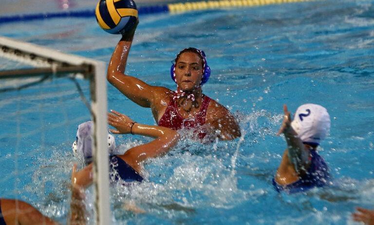 Πόλο γυναικών: Επιστροφή με νίκες για Ολυμπιακό, Βουλιαγμένη
