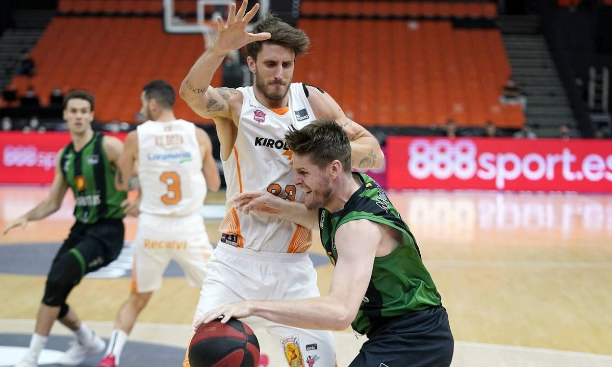 ACB: Αντίο με νίκη για τη Μπανταλόνα, αγωνία για Γκρέιντζερ