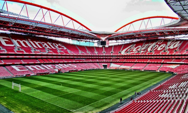 Bild: Φαβορί η Λισαβόνα για την τελική φάση του Champions League
