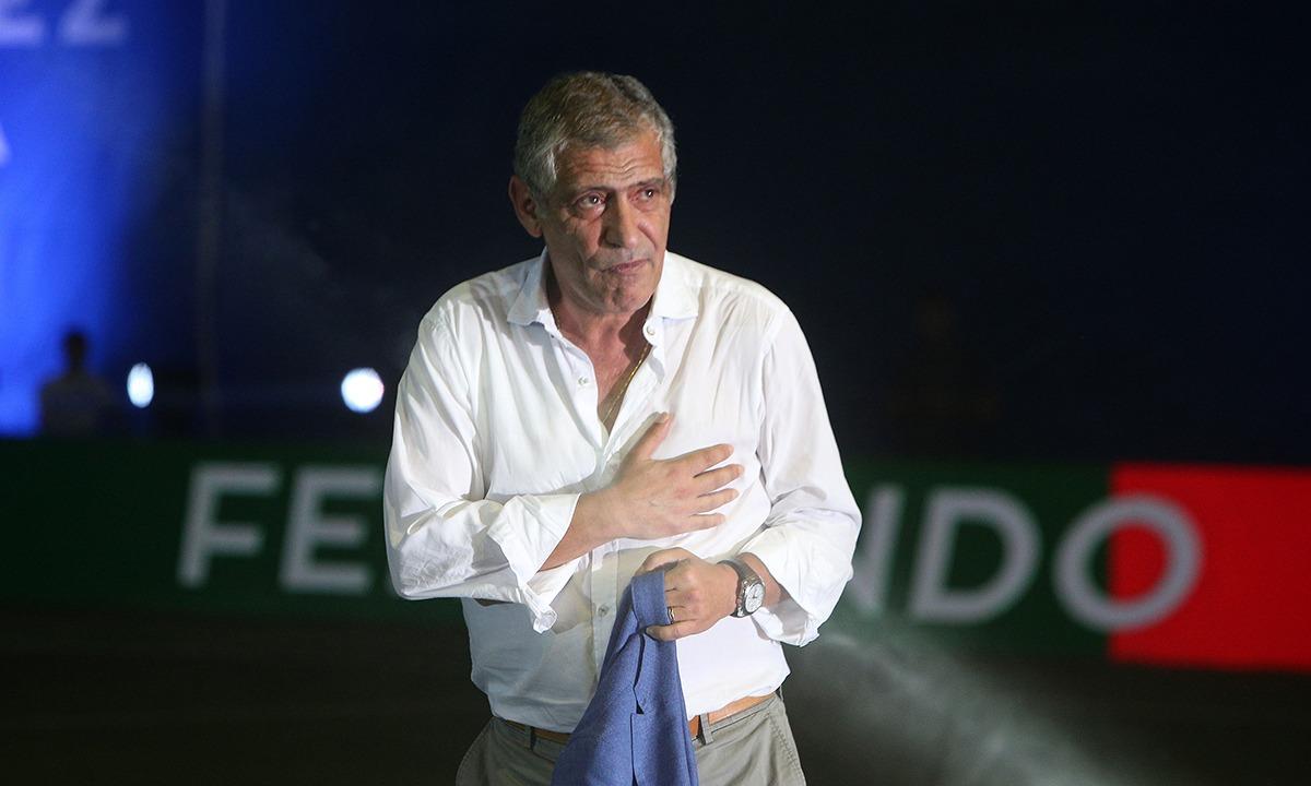 Πορτογαλία: Ο Σάντος «τσέκαρε» Μπενφίκα με μάσκα (pic+vid) - Sportime.GR
