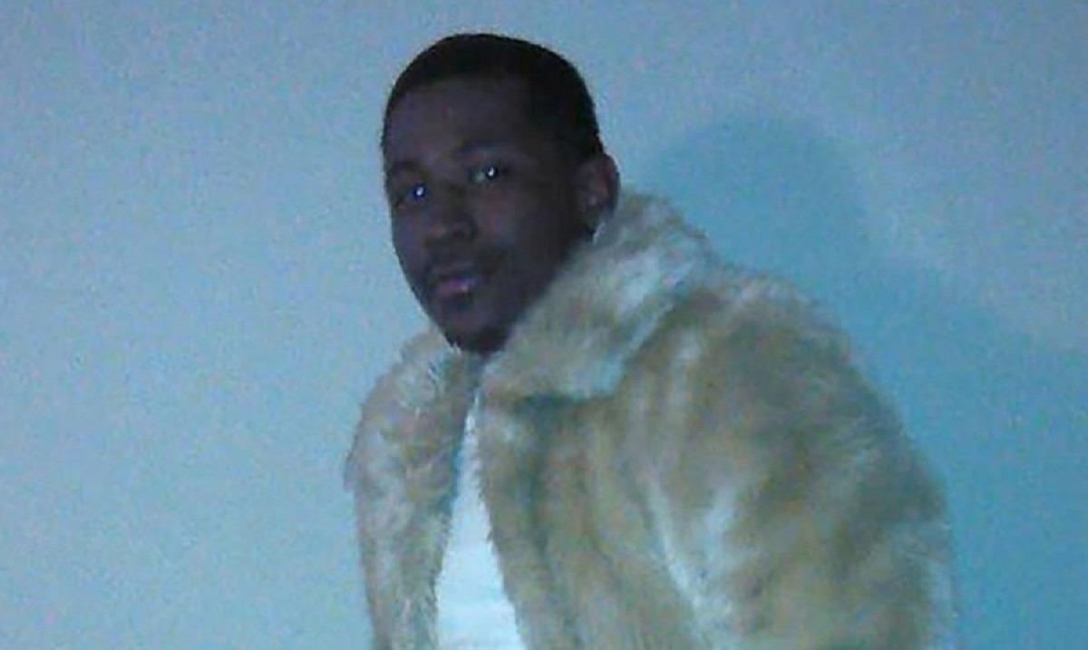 Ατλάντα: Αντιμέτωπος με την κατηγορία του φόνου ο αστυνομικός που πυροβόλησε Αφροαμερικανό