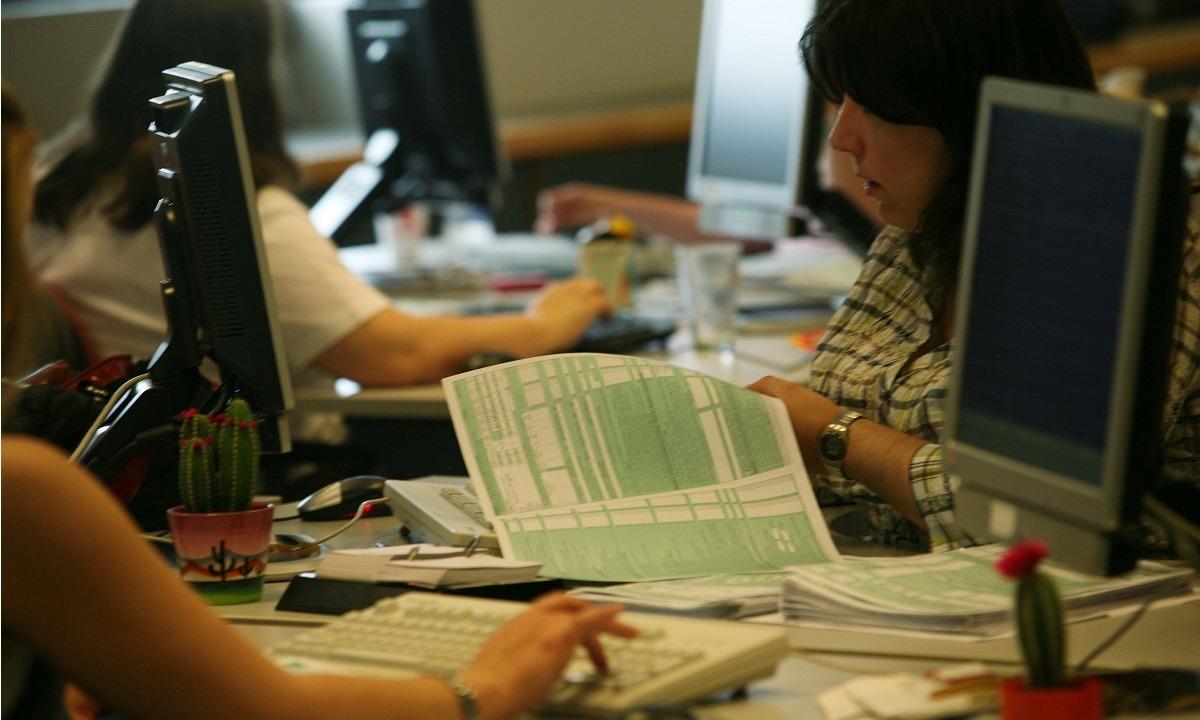 Φόρος εισοδήματος- ΕΝΦΙΑ: Αυξάνονται οι δόσεις – Αυτοί δικαιούνται έκπτωση!
