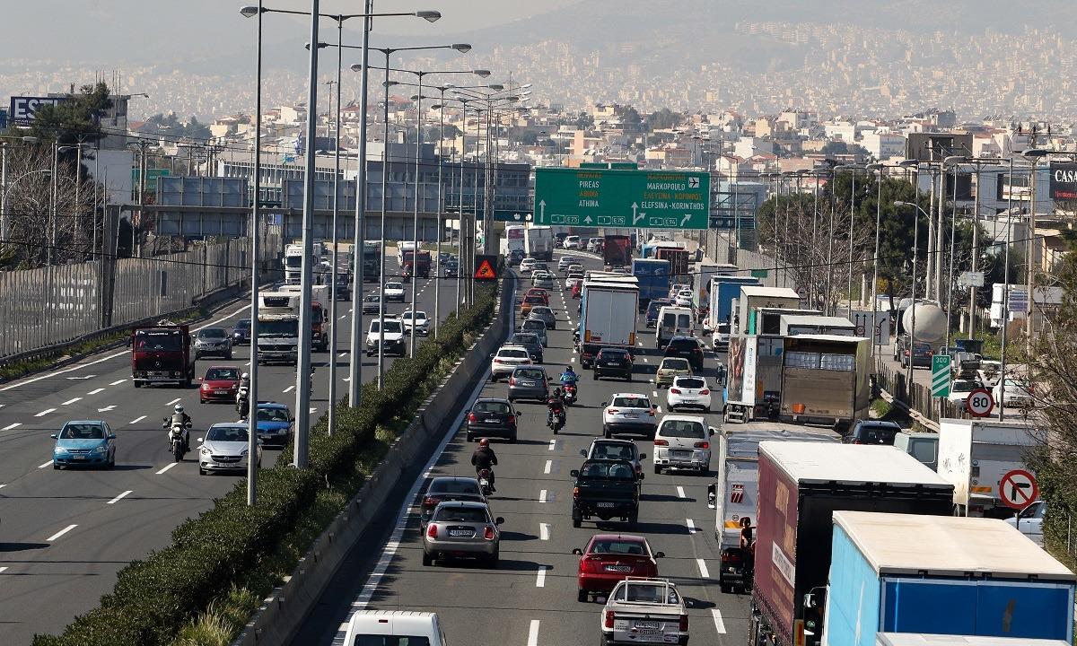 Περιορισμός κίνησης των Φορτηγών στην Εθνική Οδό – Πότε επιτρέπεται η κυκλοφορία τους