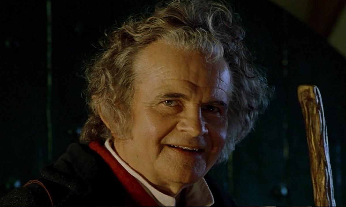 Πέθανε ο Σερ Ίαν Χολμς, ο Μπίλμπο Μπάγκινς από το «Lord Of The Rings» (vids)