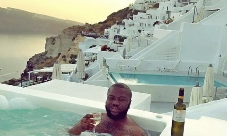 Ο Νιγηριανός influencer που αγαπούσε τη Σαντορίνη και έκλεψε 350 εκατ. από θύματα followers