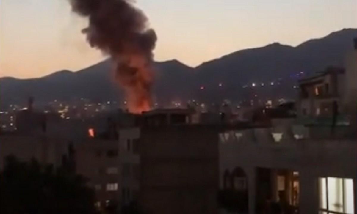 Τεχεράνη: Πυρκαγιά σε κλινική – Ισχυρή έκρηξη (vid)