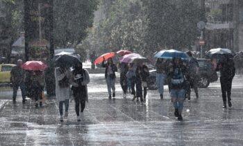 Καιρός: Έρχονται βροχές, καταιγίδες και άνεμοι έως και 7 μποφόρ! (vid)