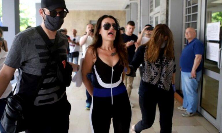 Κουσκούση: Οδηγείται στο Ψυχιατρικό Νοσοκομείο Θεσσαλονίκης! (video)