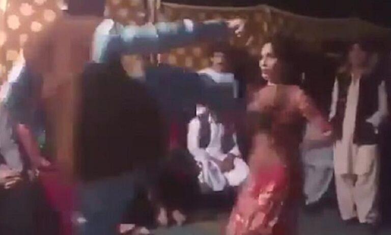 Πακιστανός κλώτσησε γυναίκα επειδή χόρευε προκλητικά (vid)