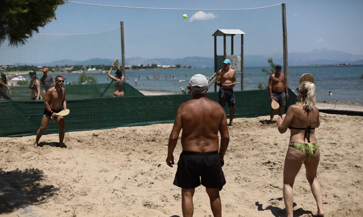 Ρακέτες: Επιτρέπονται ή όχι στις παραλίες;