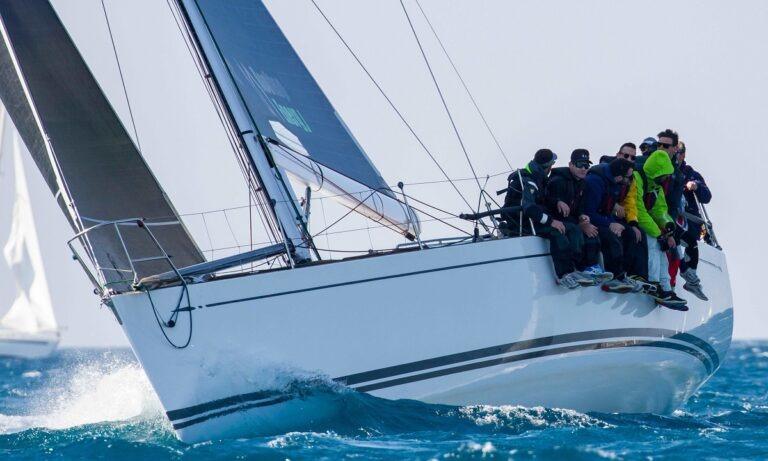 Τριάντα σκάφη θα ανοίξουν πανιά για τον αγώνα της Ύδρας – Το 2021 θα διεξαχθεί το «Aegean 600»