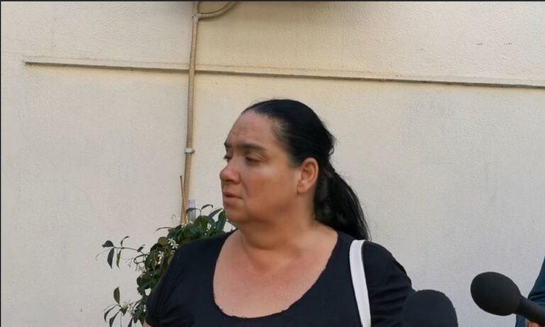 Εξαφάνιση 10χρονης Μαρκέλλας: Σε απόγνωση η μητέρα της! «Την πήραν με τη βία» (vid)
