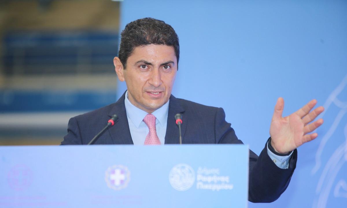 Αυγενάκης: «Η UEFA χειροκροτεί και ο ρίψασπις της ΕΠΟ υπονομεύει»