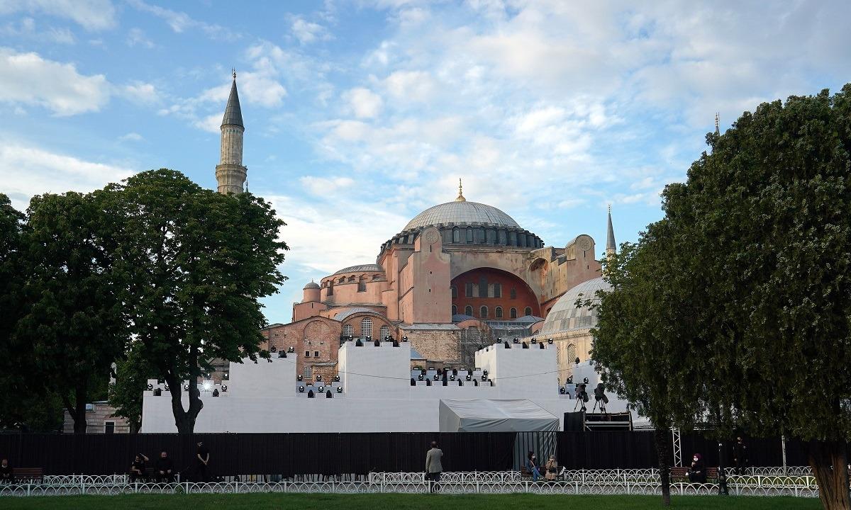 Αγία Σοφία: Στην τελική ευθεία για να γίνει τζαμί – Ανοικτή από τις 10 το πρωί για τους μουσουλμάνους