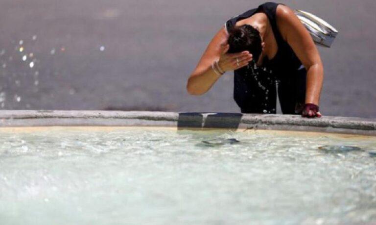 Καιρός-Καύσωνας: Καμίνι η χώρα, σε ποιες περιοχές η θερμοκρασία θα ανέβει πάνω από 40 βαθμούς