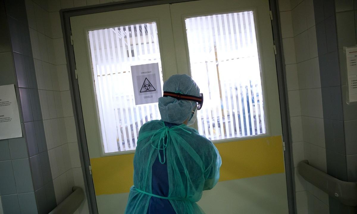 Κορονοϊός: Πρώτο κρούσμα σε τουρίστρια στην Κρήτη – Συναγερμός στις υγειονομικές Αρχές