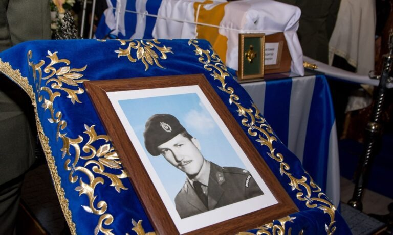 Γιώργος Κατσάνης: Ο αθάνατος ήρωας που έδωσε τη ζωή του στον «Αττίλα» (vids)