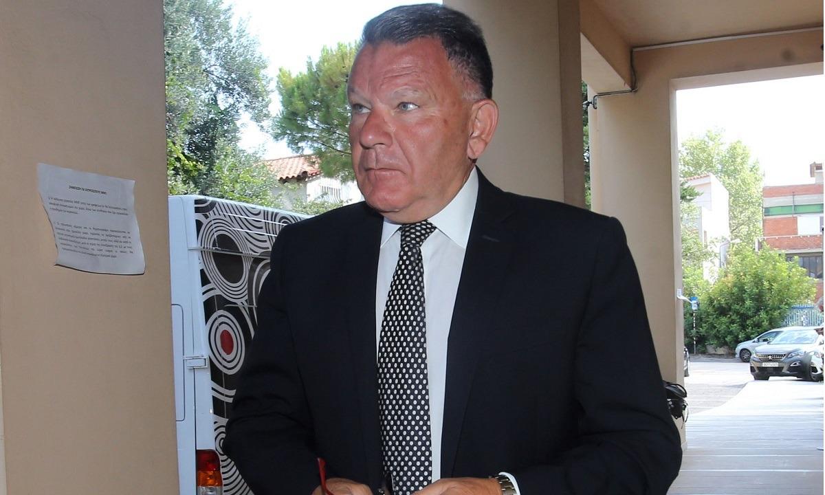 Έριξε «βόμβα» ο Κούγιας: «Αν η ΕΠΟ κάνει αναδιάρθρωση, δεν κατεβαίνουμε». Η τελική απόφαση ανήκει στην ΕΠΟ και ο Αλέξης Κούγιας θέλησε να κάνει σαφές πως η ΕΠΟ πρέπει να σεβαστεί την επιθυμία της Super League.