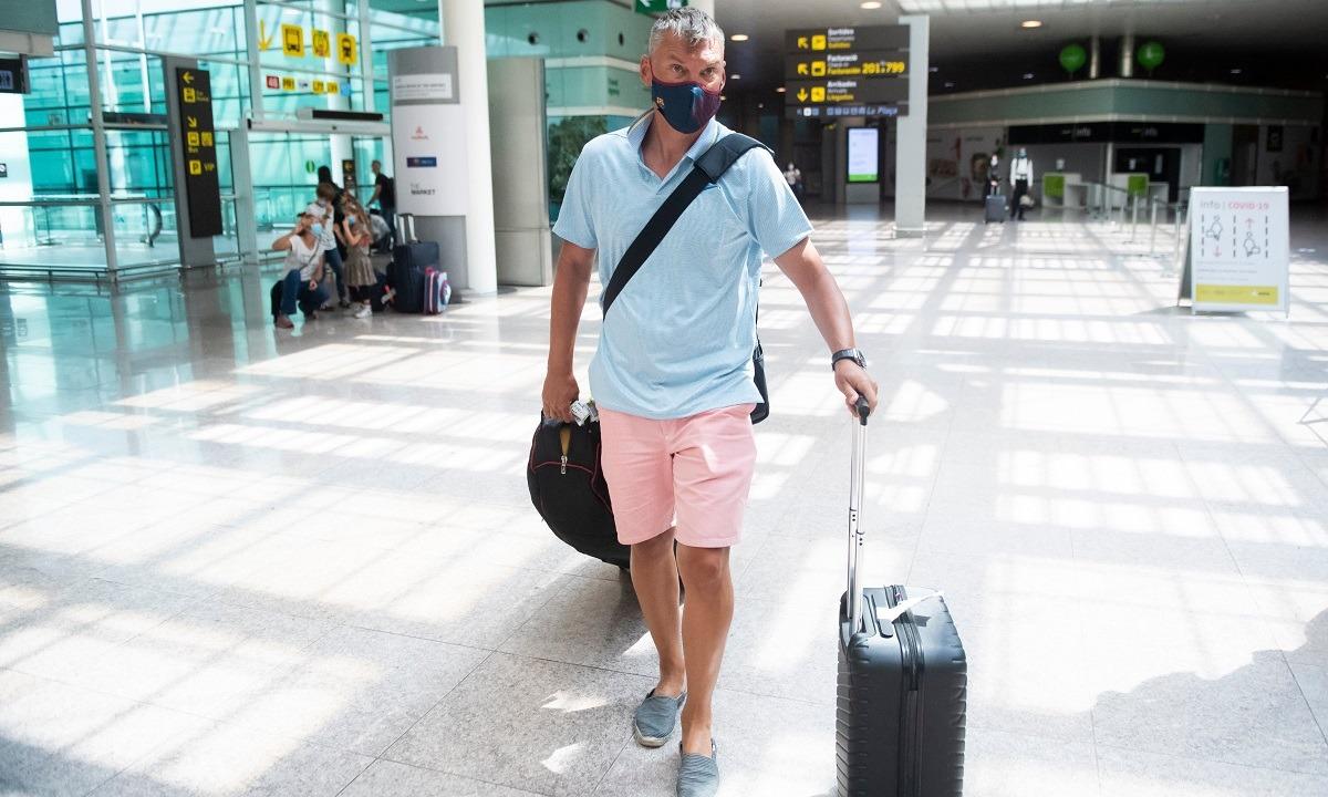 Ο Σάρας Γιασικεβίτσιους έφτασε στη Βαρκελώνη. Έτοιμος για τη νέα μεγάλη πρόκληση της καριέρας του.