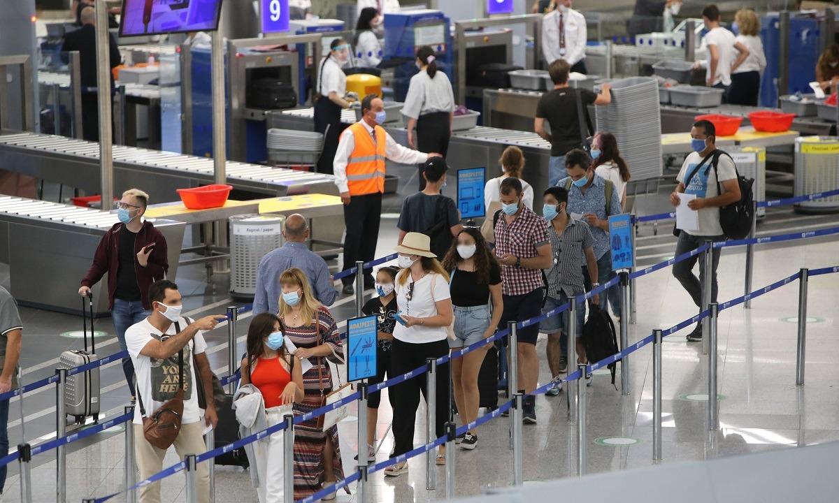 Μόνο με αρνητικά τεστ οι ταξιδιώτες από Βουλγαρία και Ρουμανία