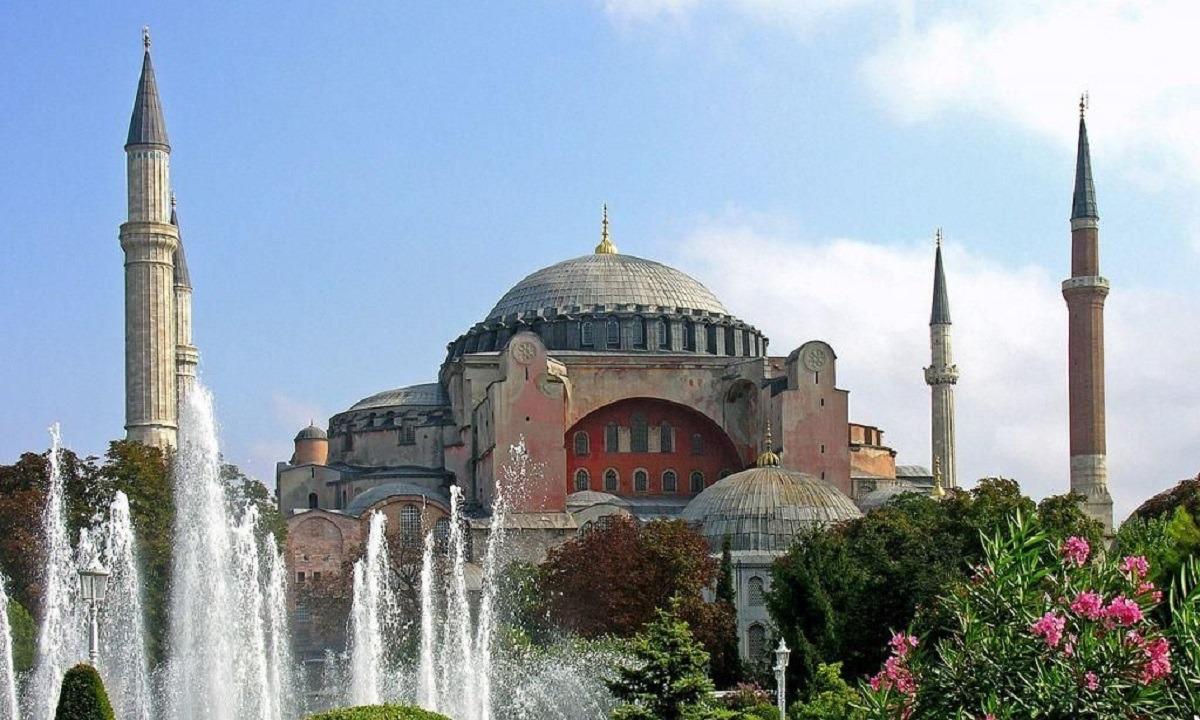 Αγιά Σοφιά: Ο Στέλιος Πέτσας ανακοίνωσε κυρώσεις κατά της Τουρκίας!