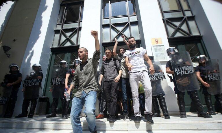 Ελεύθεροι οι εννιά διαδηλωτές για τα επεισόδια της Πέμπτης στο κέντρο