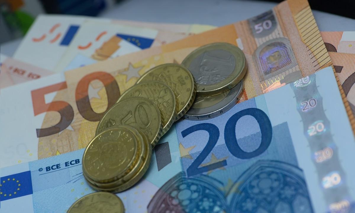 Αποζημίωση ειδικού σκοπού ύψους 800 ευρώ για ειδικές κατηγορίες: Πότε μπαίνουν τα λεφτά