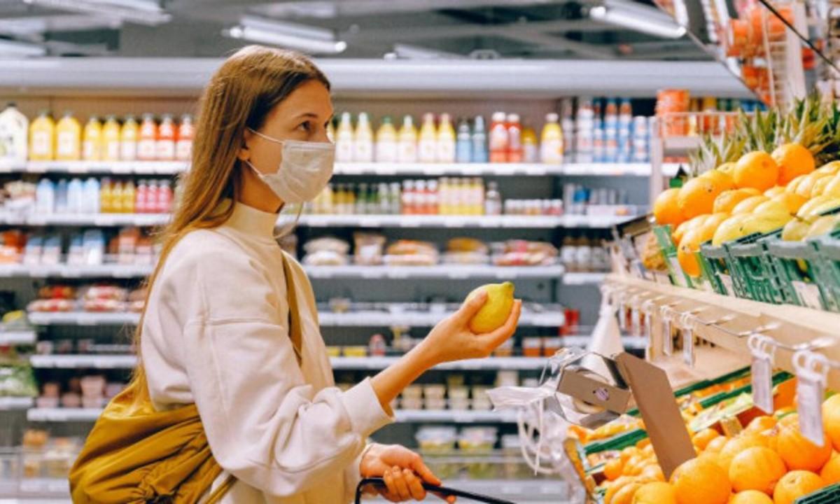 Κορονοϊός: Υποχρεωτική η μάσκα στα σούπερ μάρκετ για όλους