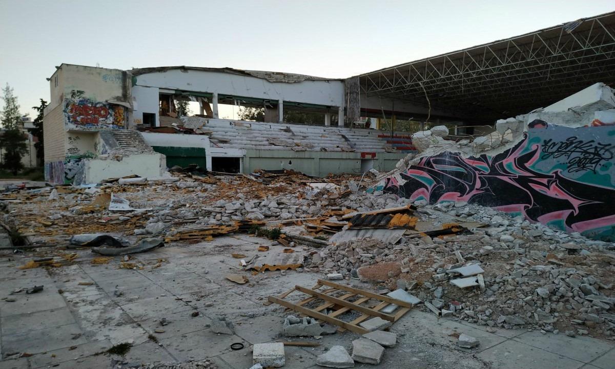 Πανιώνιος: Κάτι κινείται πια για το νέο γήπεδο. Πανιώνιος: Το Δημοτικό Συμβούλιο της Νέας Σμύρνης ενέκρινε, τις συμπληρωματικές μελέτες εφαρμογής για το νέο κλειστό των «κυανέρυθρων».