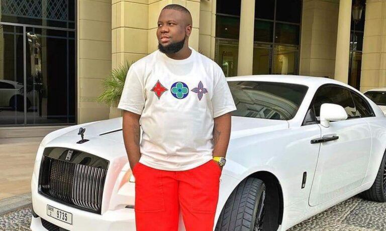 Έτσι έπιασαν τον Νιγηριανό influencer που λάτρευε τη Σαντορίνη