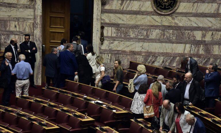 Προκαταρκτική για Παπαγγελόπουλο: Αποχώρησε ο ΣΥΡΙΖΑ από τη συνεδρίαση!