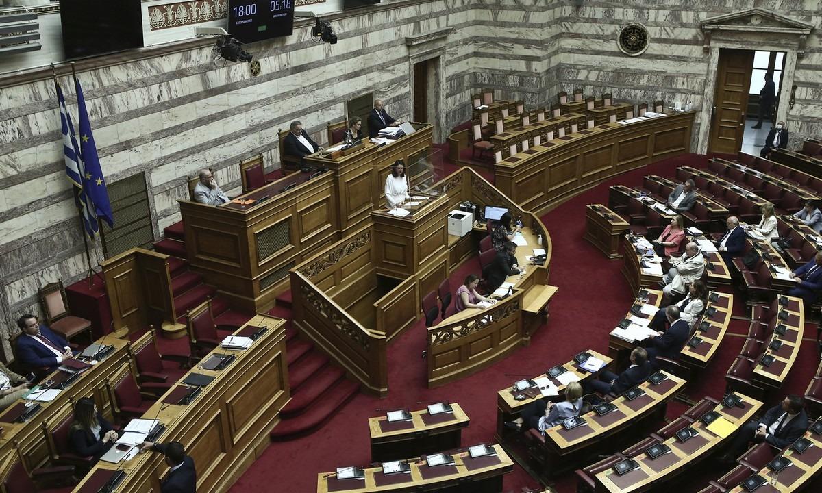 Ανασχηματισμός: Όλες οι αλλαγές στο κυβερνητικό σχήμα